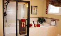 015_Master_Bathroom